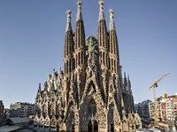 Sagrada_Família-rszd.jpg