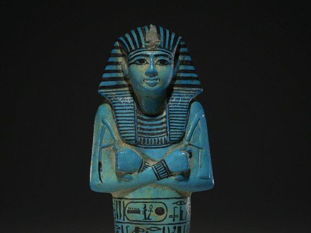 blue-faience-shabti-del-faraon-seti-i-alrededor-de-1294-1279-ac-tumba-de-seti-i-valle-de-los-reyes-tebas-egipto.jpg