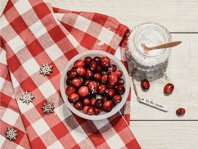 262-food-feature-cranberry-image-02.jpg