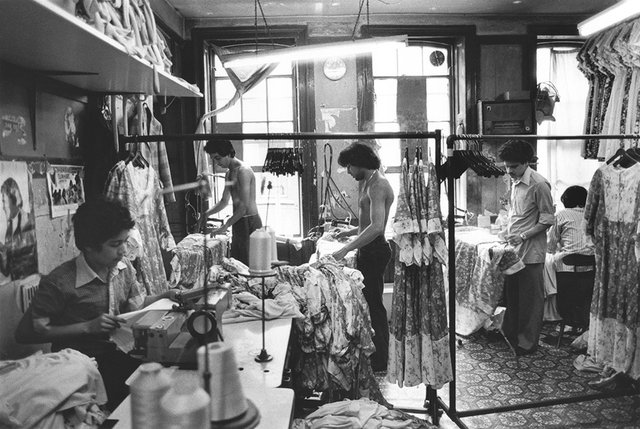 Paul-Trevor.-Garment-workers-London-1979.jpg