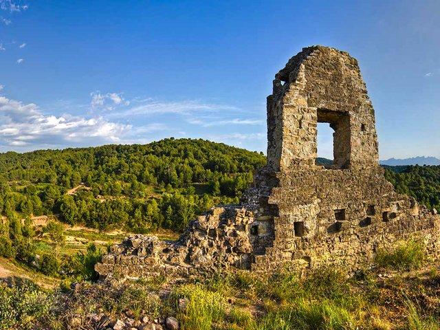 263-travel-day-trip---Bages---Castell-de-Rocafort,-Pont-de-Vilomara-i-Rocafort-by-Carlos-Iborra.jpg