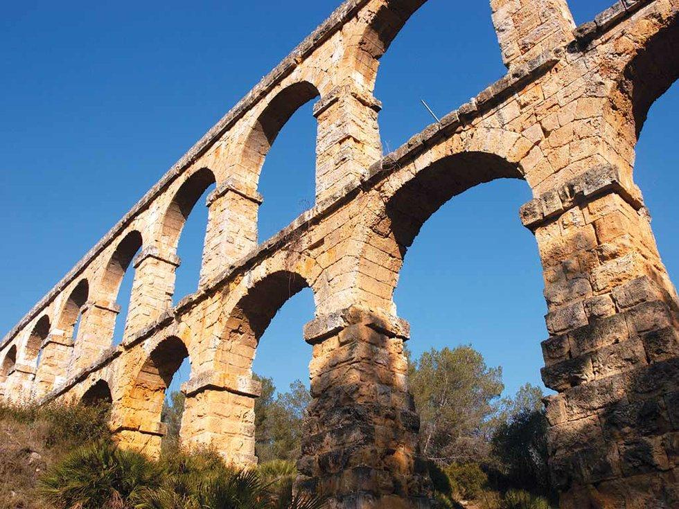 263-travel-Tarragona-Pont-de-diable-02.jpg