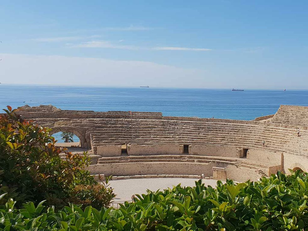 263-Travel-Taragones-amphitheatre.jpg