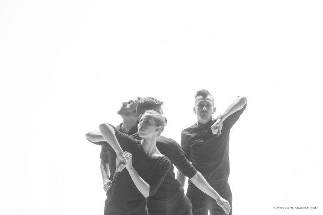 opus_leon-and-wolf-dance-company-christos-papadopoulos_foto-de-patroklos-skafidas_02.jpg
