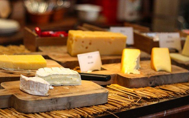FAIRMONT-cheese.jpg