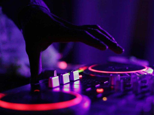 Music-DJ.jpg