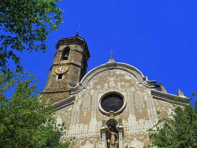 Església_de_Sant_Martí_(Sant_Celoni)_Angela-Llop-via-Wikimedia-Commons.jpg