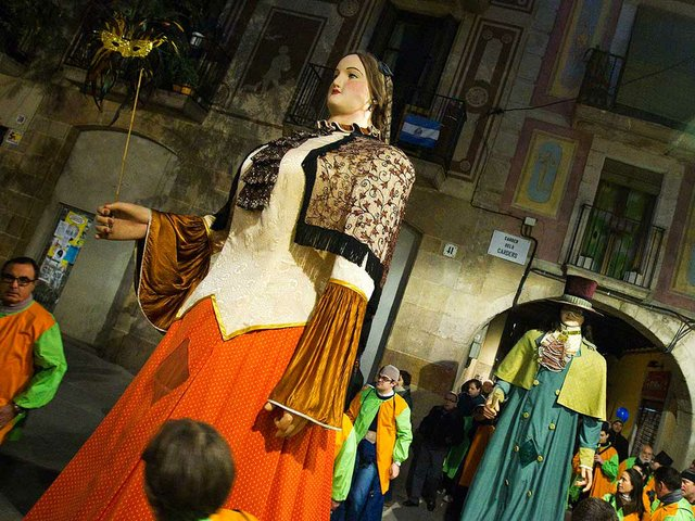 Arribo-del-Rei-Carnestoltes-Photo-courtesy-of-Carnaval-de-Barcelona-02.jpg