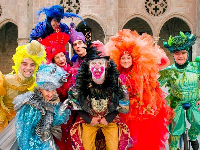 Carnaval-El-Rei-Carnestoltes-i-els-Set-Ambaixadors-Photo-by-Pere-Virgili-01.jpg