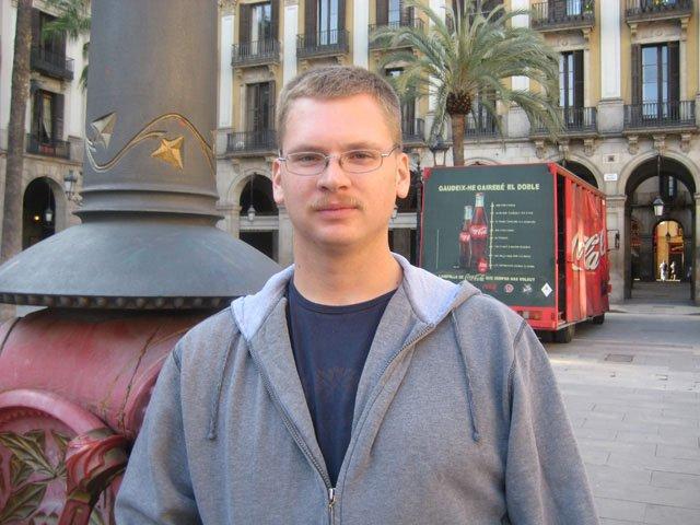 Ryan Paine; USA; in Barcelona—3 years