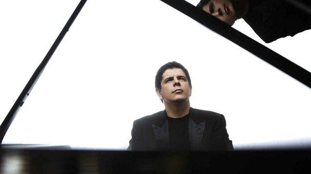 Javier_Perianes_Palau_Musica_c1.jpg