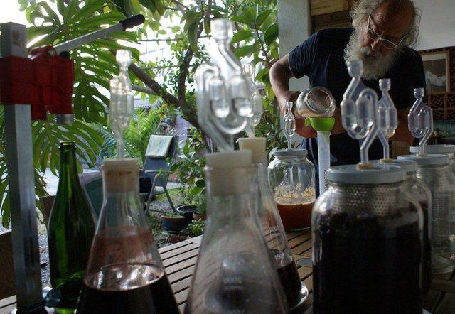 winemaking2-compressor.jpg
