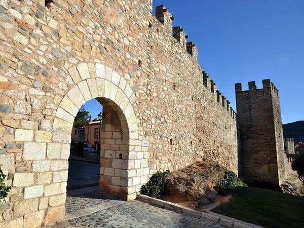 Montblanc-Recinte-enmurallat-Porta-del-Foradot-23-3-14-photo-by-Jordi-Contijoch-Boada,-Jordi,-courtesy-of-the-Generalitat-de-Catalunya.jpg