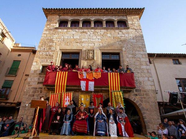 Medieval-week-Montblanc-©-Pep-Torres---2018-poto-courtesy-of-Associació-Medieval-de-la-Llegenda-de-Sant-Jordi.jpg