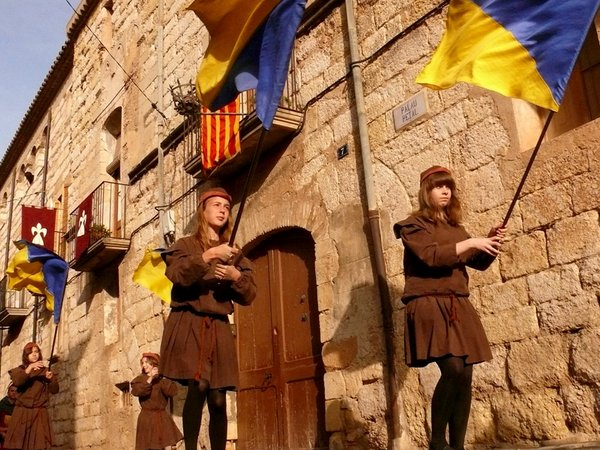 Medieval-week-Montblanc-photo-by-Calafellvalo-Flickr.jpg