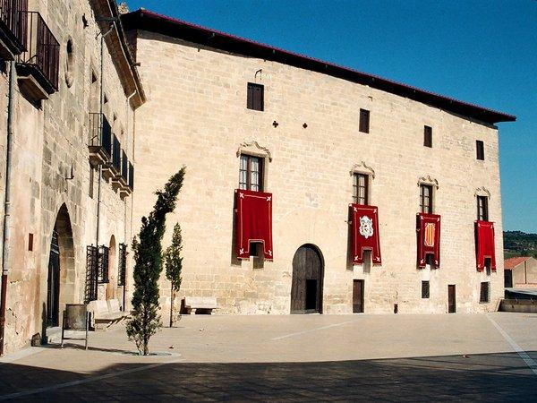 Castell-1024-36a-abril-95-sc-neg-Photo-by-Jordi-Contijoch-Boada,-courtesy-of-the-Generalitat-de-Catalunya.jpg