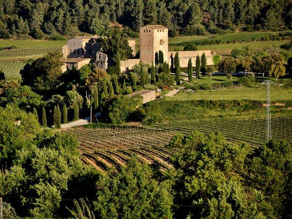 Castell-de-Milmanda-02-photo-courtesy-of-Castell-de-Milmanda.jpg