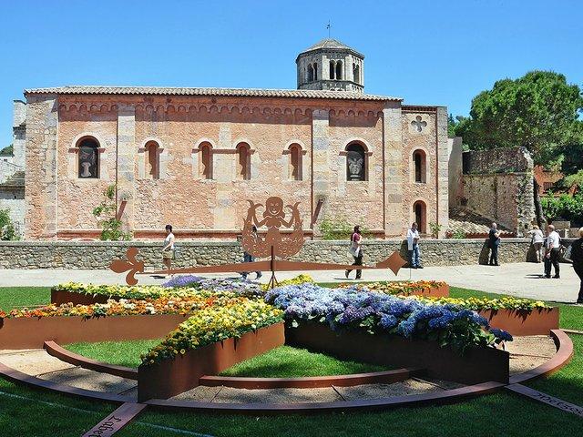 Sant_Pere_de_Galligants-Girona_(1)Alberto-g-rovi-Wikimedia.jpg