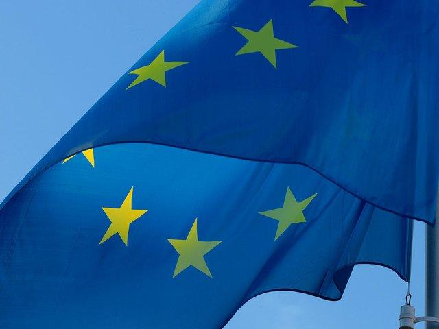 eu-flag-Pixabay.jpg