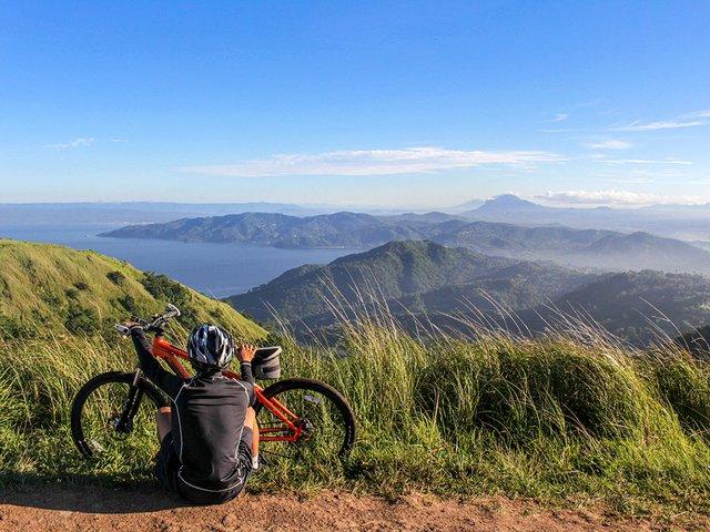 Mountain-biking-Dorothy-Castillo-(Pexels).jpg