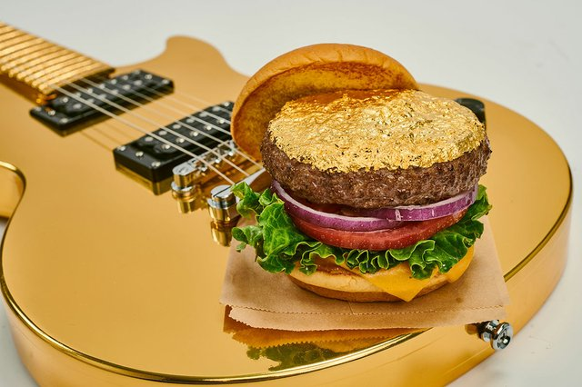 Hard-Rock-Cafe-New-Menu-The-24-Karat-Gold-Leaf-Steak-Burger.jpg