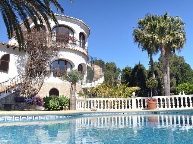 villa-spain-coast2.jpg