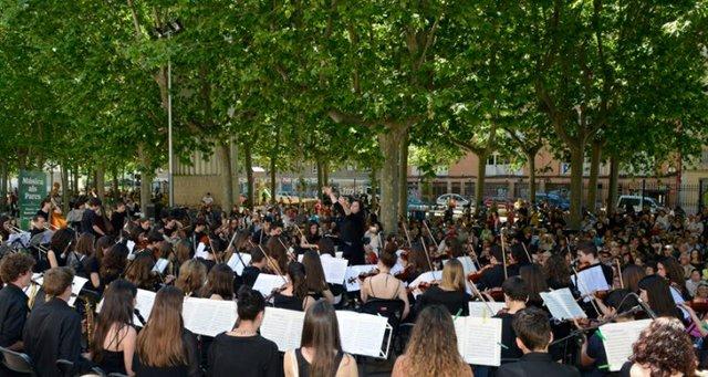 music in park.jpg