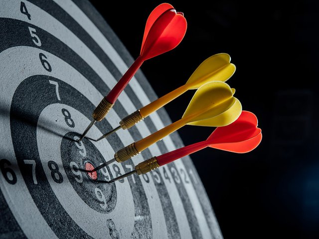 darts-arrows-target-center-business-concept.jpg
