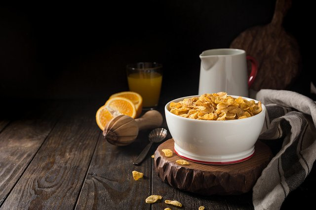 healthy-breakfast-corn-flakes.jpg