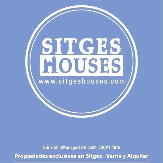sitgeshouses-logomedal.jpg