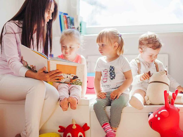 woman-reading-chidren.jpg