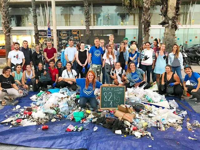 Pure-Clean-Earth-beach-cleanup-Barcelona-82kg-waste.jpg
