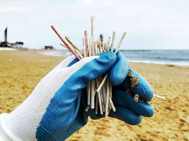Pure-Clean-Earth-beach-cleanup-Barcelona-plastic-waste.jpg