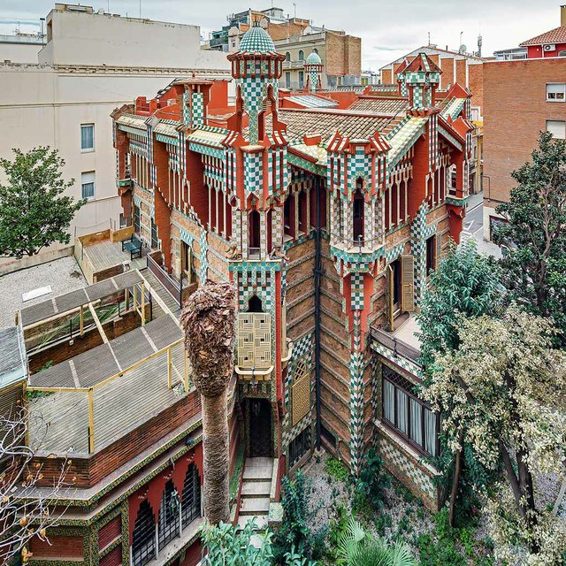 Casa-Vicens--photo-by-Pol-Viladoms-(CC-BY-SA-4.0).jpg