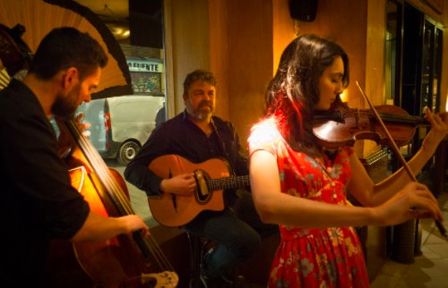 Acoustics at Eight: Daphne Trio