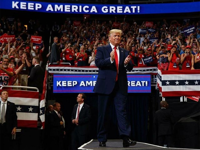 Trump_Keep_America_Great_2020_in_Orlando-Donald-J.jpg
