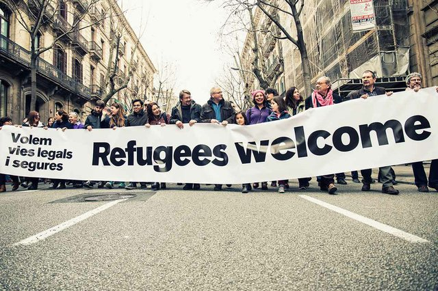 Refigees-welcome,-protest--'Volem-acollir'-Feb-2017-photo-by-the-Ajuntamet-de-Barcelona-(CC-BY-ND-2.0)-04.jpg