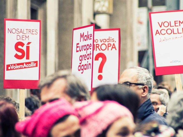 Refigees-welcome,-protest--'Volem-acollir'-Feb-2017-photo-by-the-Ajuntamet-de-Barcelona-(CC-BY-ND-2.0)-02.jpg