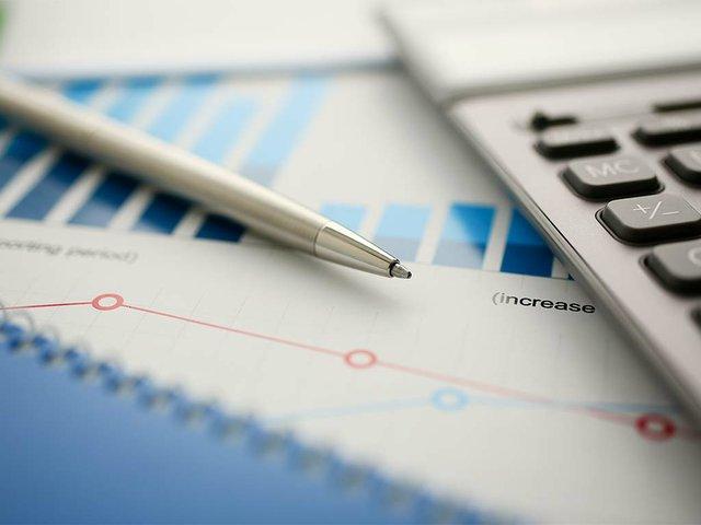 silver-calculator-financial-statistics-clipboard.jpg