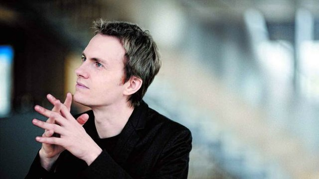 Alexandre Tharaud, piano.jpg