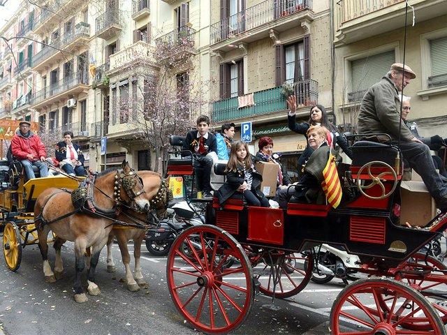 Sant-Medir-2017-a-Gràcia-2017-Ajuntament-de-Barcelona-(CC-BY-ND-2.0)-02-web.jpg
