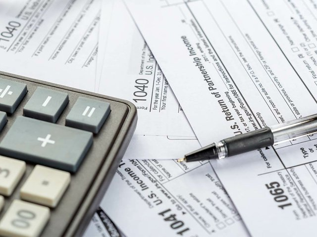 tax-forms-close-up(2).jpg