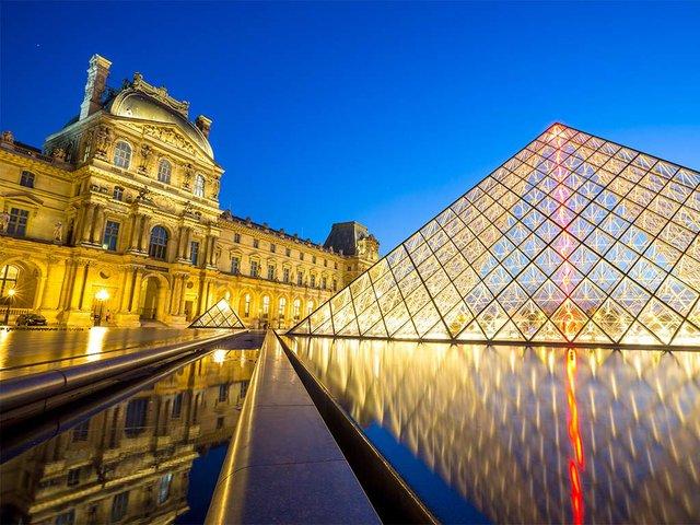louvre-museum-paris.jpg