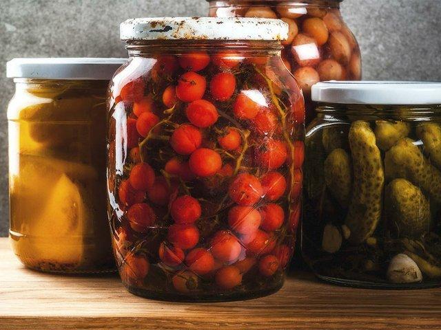 homemade-preserving-canning-food-pickled-fermented-vegetables-glass-jars.jpg