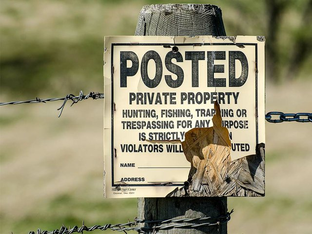 private-property-sign-1110485_1920.jpg