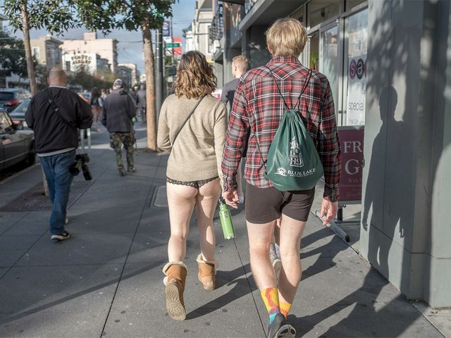 No-Pants-Subway-Ride-2015-photo-by-Bhautik-Joshi-01.jpg