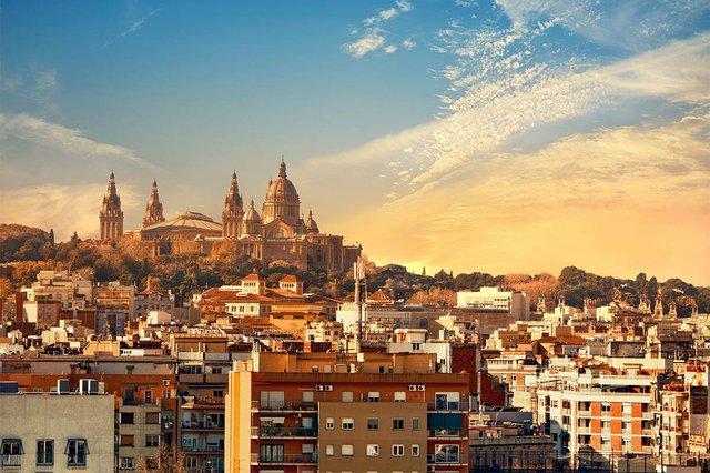 barcelona-skyline-with-national-museum-museu-nacional-d-art-de-catalunya-sunset2.jpg