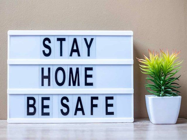 lightbox-with-text-stay-home-be-safe-table.jpg