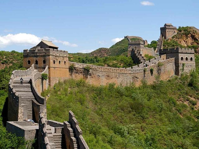Great_Wall-photo-by-Jakub-Hałun(CC-BY-SA-3.0).jpg