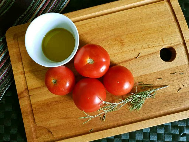 olive oil tomatoes rosemary photo by Tara Shain.jpg